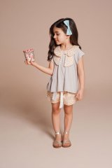 Hucklebones(ハックルボーンズ) Feather Print Poplin Pleat Shorts(フェザープリントショートパンツ)4歳6歳