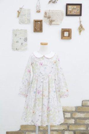 画像1: 【JiJiオリジナル】 リバティプリント ワイドカラー長袖ワンピース (Irmaイルマ) 2歳-8歳