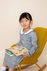 【JiJiオリジナル】 リバティプリント ワイドカラー長袖ワンピース (Sleeping Roseスリーピング・ローズ) 2歳-8歳