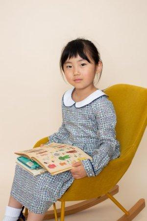画像1: 【JiJiオリジナル】 リバティプリント ワイドカラー長袖ワンピース (Sleeping Roseスリーピング・ローズ) 2歳-8歳