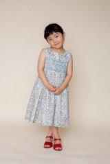 【JiJiオリジナル】 リバティプリント スモッキングワンピース (Betsyベッツィ) 2歳-8歳