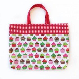 画像1: レッスンバッグ(基本サイズ) レッドチェックカップケーキプリント 通園バッグ・絵本バッグ・手提げ袋