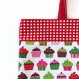画像2: レッスンバッグ(基本サイズ)<br>レッドチェックカップケーキプリント<br>通園バッグ・絵本バッグ・手提げ袋 (2)