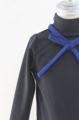【SALE!!30%OFF!!】 LIHO London(リホロンドン)  TANSYブルーリボン付きハイネックワンピース4歳100cm